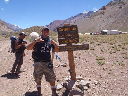 Arriving to the base camp at Confluenza